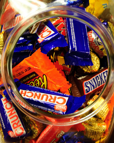 Candy jar by J. Yung (Some rights reserved - CC BY-NC-ND 2.0)